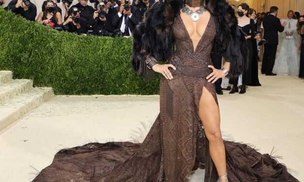 Let's talk about the Met Gala for a sec